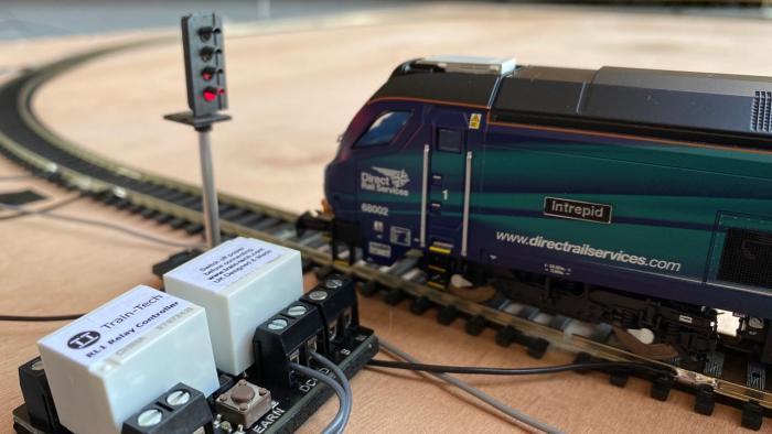 Train-Tech Relay Controller