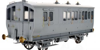 Dapol Stroudley carriages
